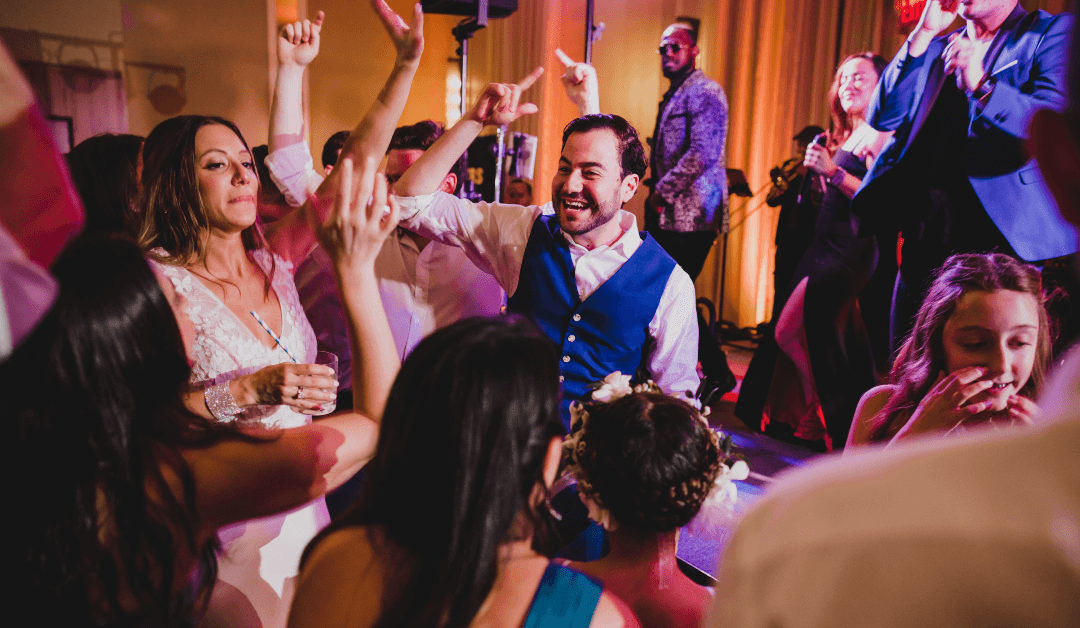 Couples – Avoid These Common Mistakes When Deciding on a Band for Your Wedding